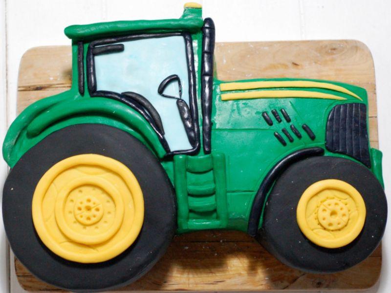 Geburtstagskuchen Traktor  eine Schritt für Schritt Beschreibung wie man eine