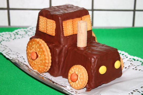 Geburtstagskuchen Traktor  Schneller Traktor Kuchen Rezept in 2019