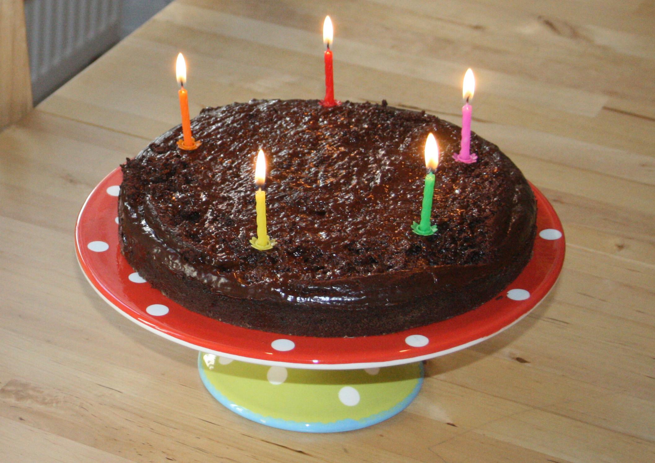 Geburtstagskuchen Vegan  Geburtstagskuchen Vegan Rezept Rezept torte