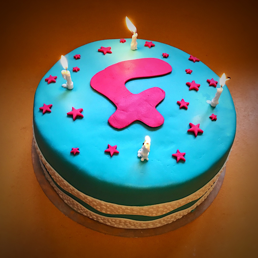 Geburtstagstorte 1 Geburtstag  So gelingt eine kunterbunte Geburtstagstorte KlonBlog