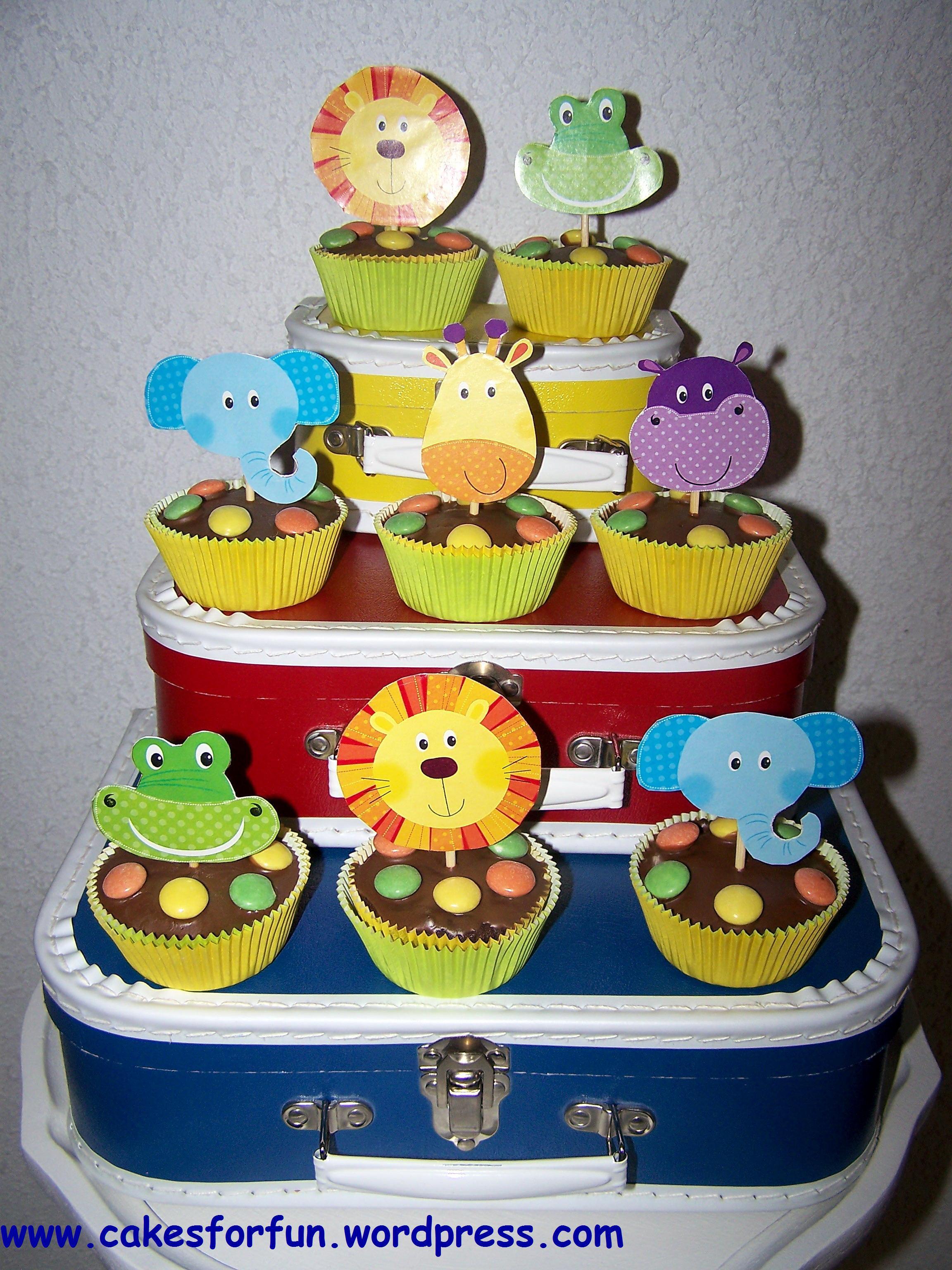 Geburtstagstorte 1 Geburtstag  Candy Table Dschungeltier Geburtstagstorte und Co für
