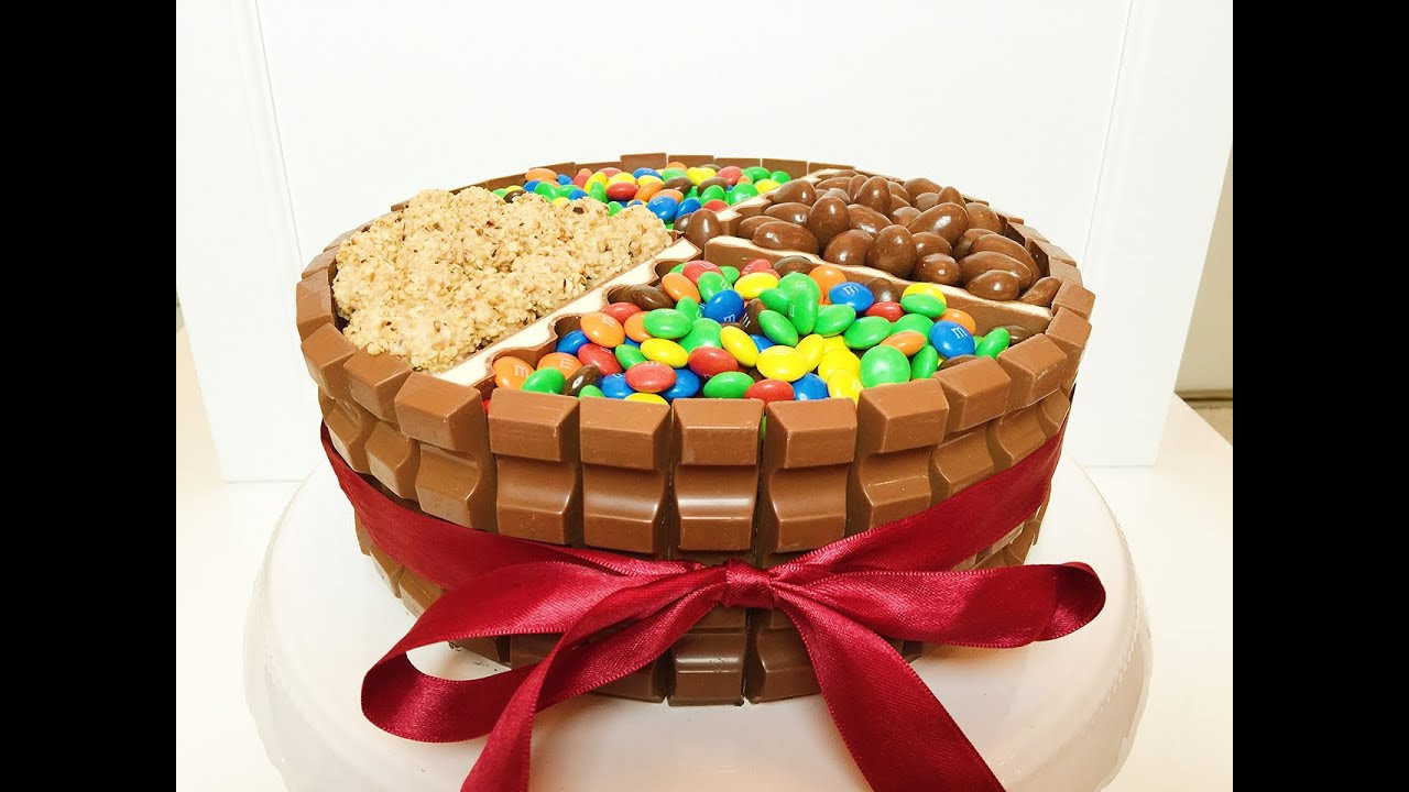 Geburtstagstorte  Kinderschokoladen Torte Geburtstagstorte Candy Cake