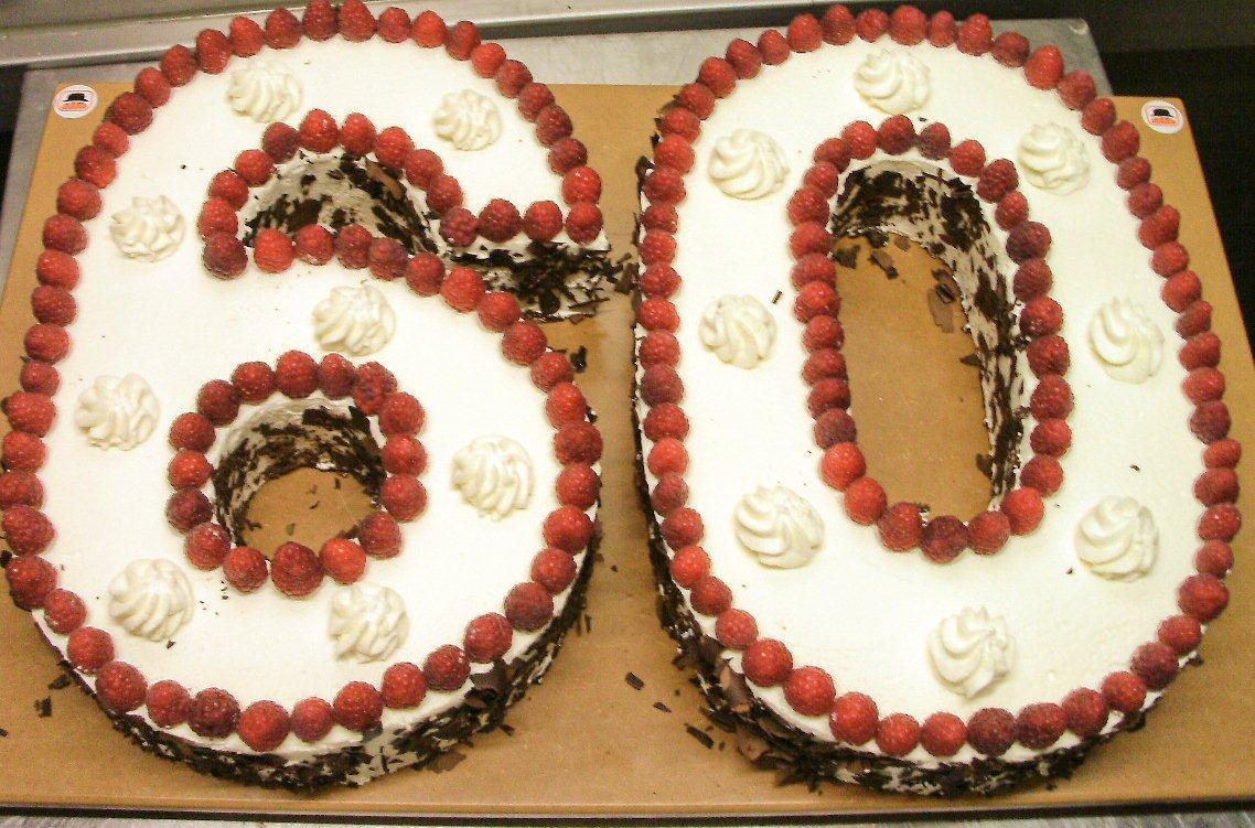 Geburtstagstorte 60  Geburtstagstorte Zum 60 Rezept torte