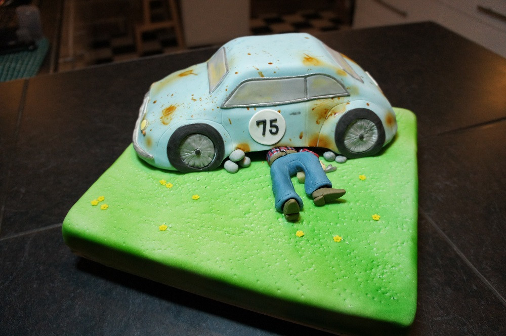 Geburtstagstorte Auto  SONY DSC