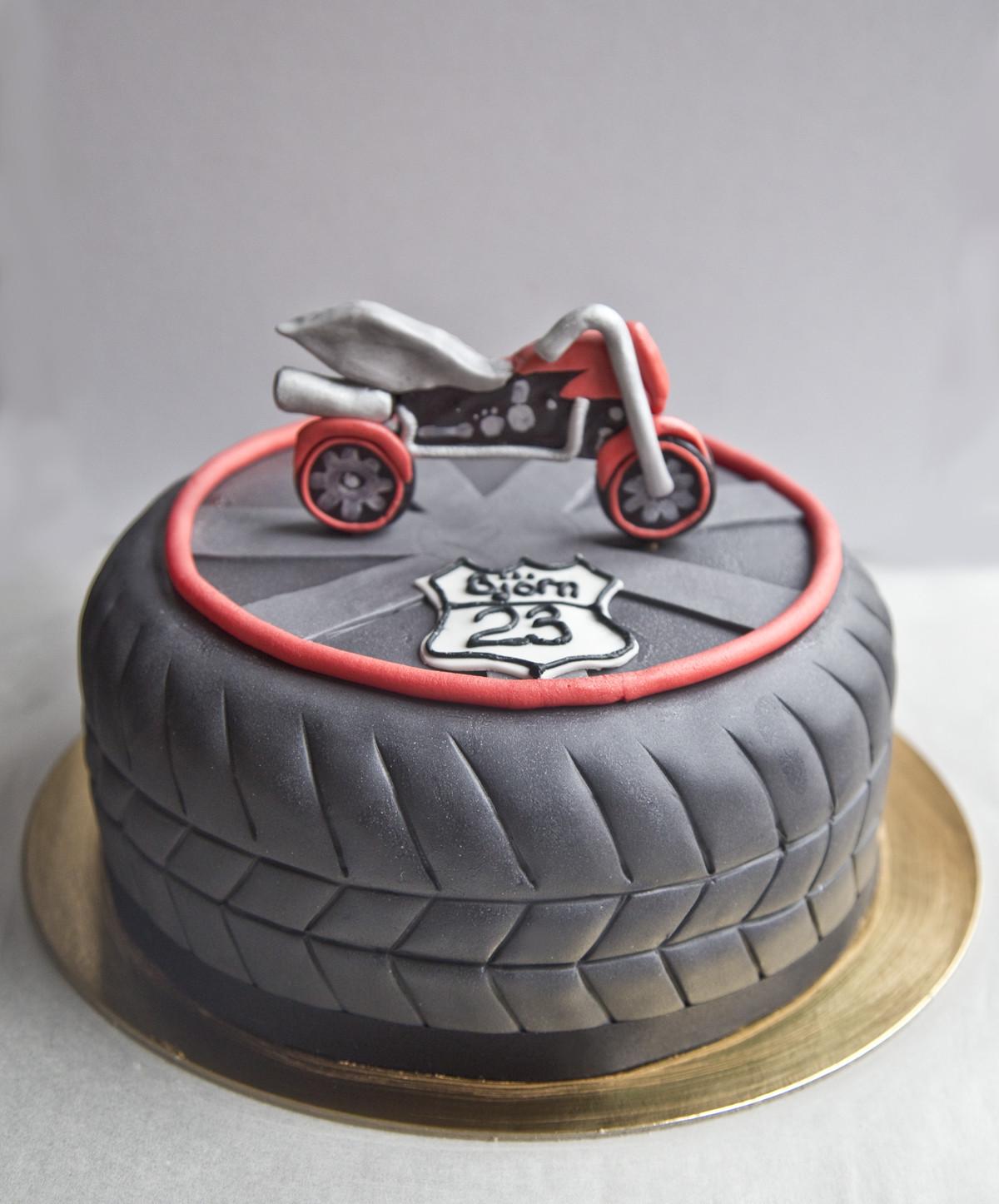 Geburtstagstorte Auto  Motorrad torte