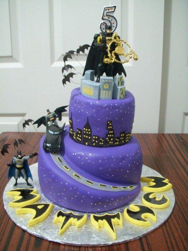 Geburtstagstorte Kaufen  Figuren aus Marzipan und Zuckerguss Fliedermaus Gotham