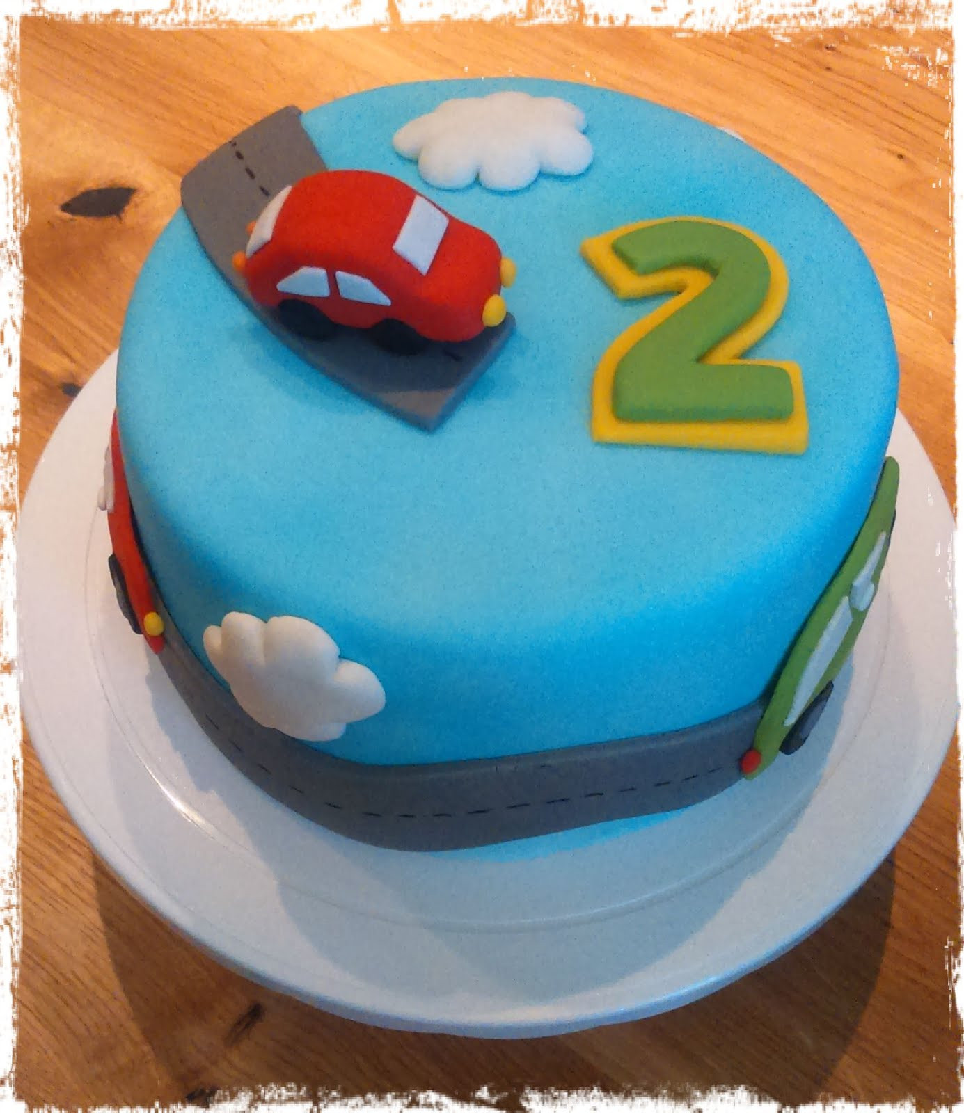 Geburtstagstorte Kinder Junge  Kaccy s Lounge Eine feine Geburtstagstorte zum 2 Geburtstag