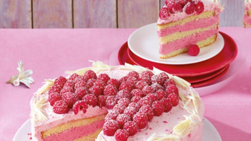 Geburtstagstorte Rezept Mit Bild  Himbeer Torte Bild der Frau