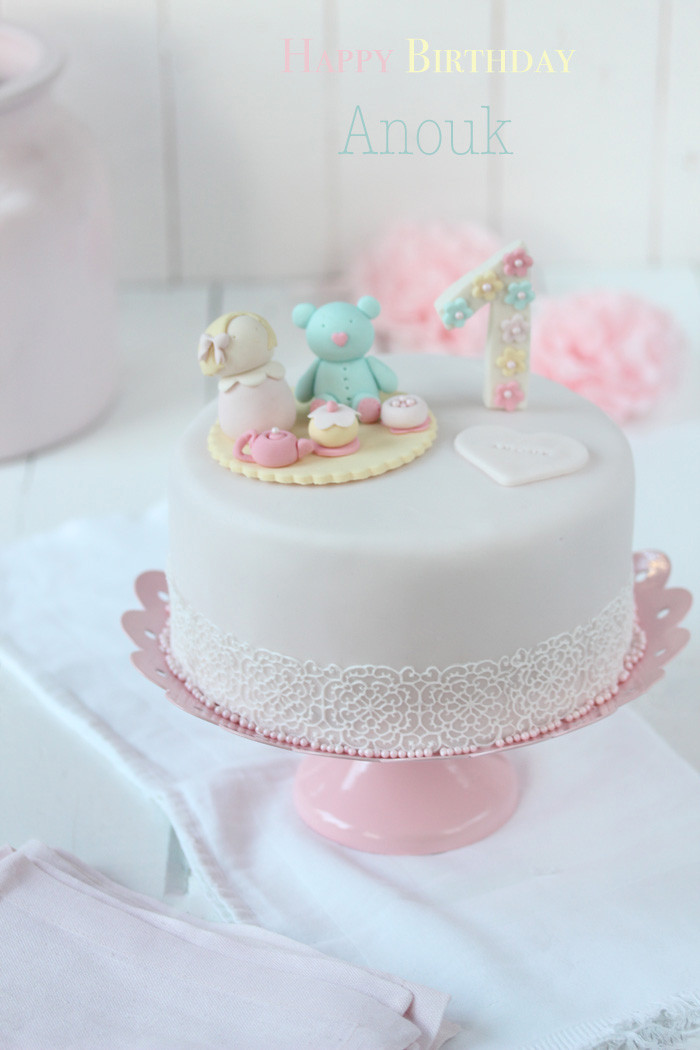 Geburtstagstorte Zum 1 Geburtstag  Fondant Geburtstagstorte
