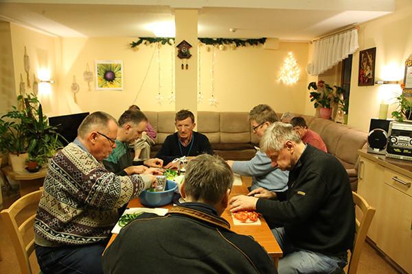 Geburtstagswünsche Für Alte Kranke Menschen  Die AWO im Saale Orla Kreis Wohnstätte für psychisch