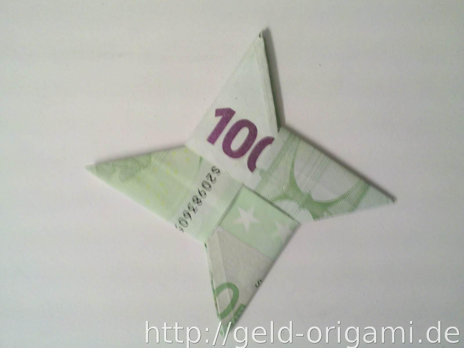 Geldschein Geschenke  Stern aus zwei Geldscheinen falten Origami mit Geldscheinen