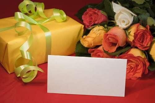 Geschenke Abzugsfähig  In welcher Höhe dürfen Sie steuerfrei schenken