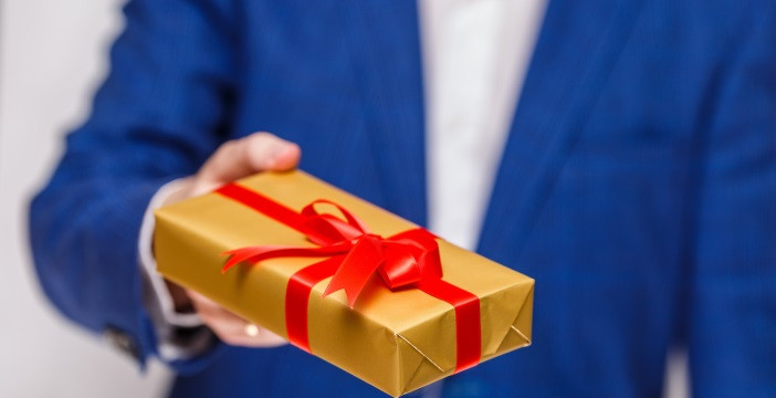 Geschenke An Mitarbeiter Buchen  Geschenke Fr Mitarbeiter Steuerfrei Simple Viele Kaufen