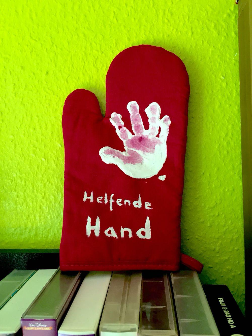 Geschenke Für Eltern Basteln  Helfende Hand enhandschuh Basteln mit Kindern
