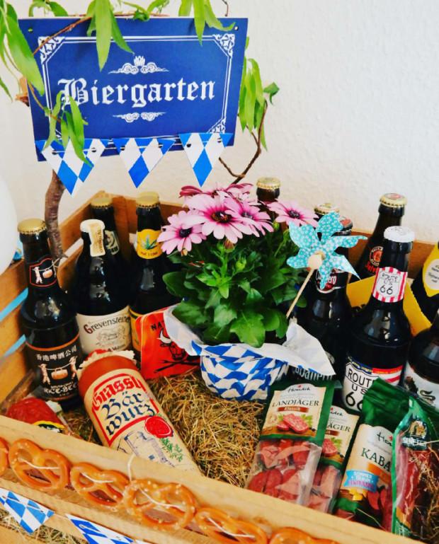Geschenke Für Männer Zum Geburtstag Selber Machen  DIY Biergarten Geschenkidee für Bierliebhaber
