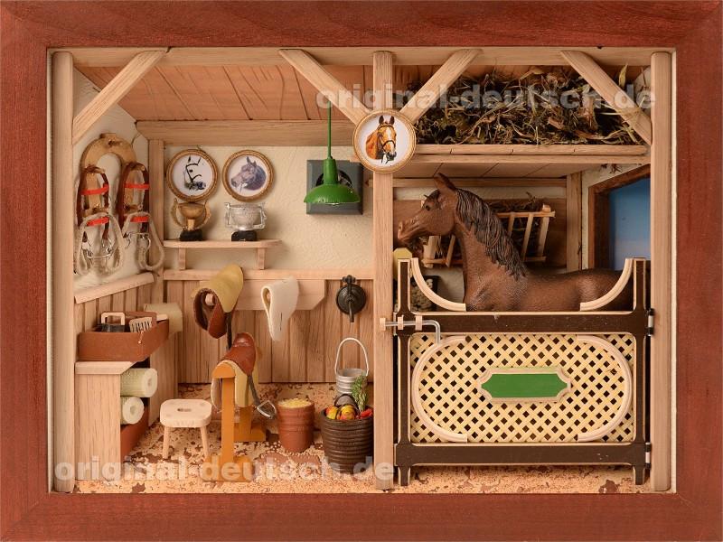 Geschenke Für Pferdeliebhaber  3D Holzbild Pferdestall lasiert eine kreative