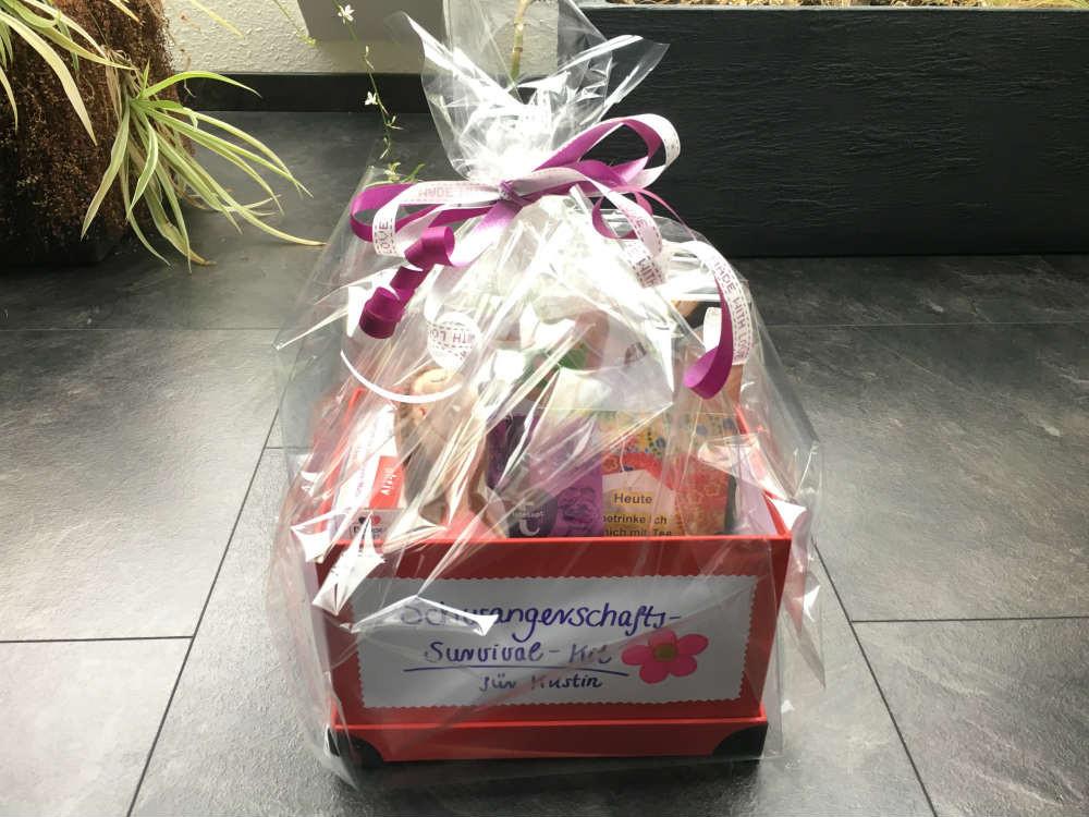 Geschenke Für Schwangere  Geschenk zur Schwangerschaft Schwangerschafts Survival