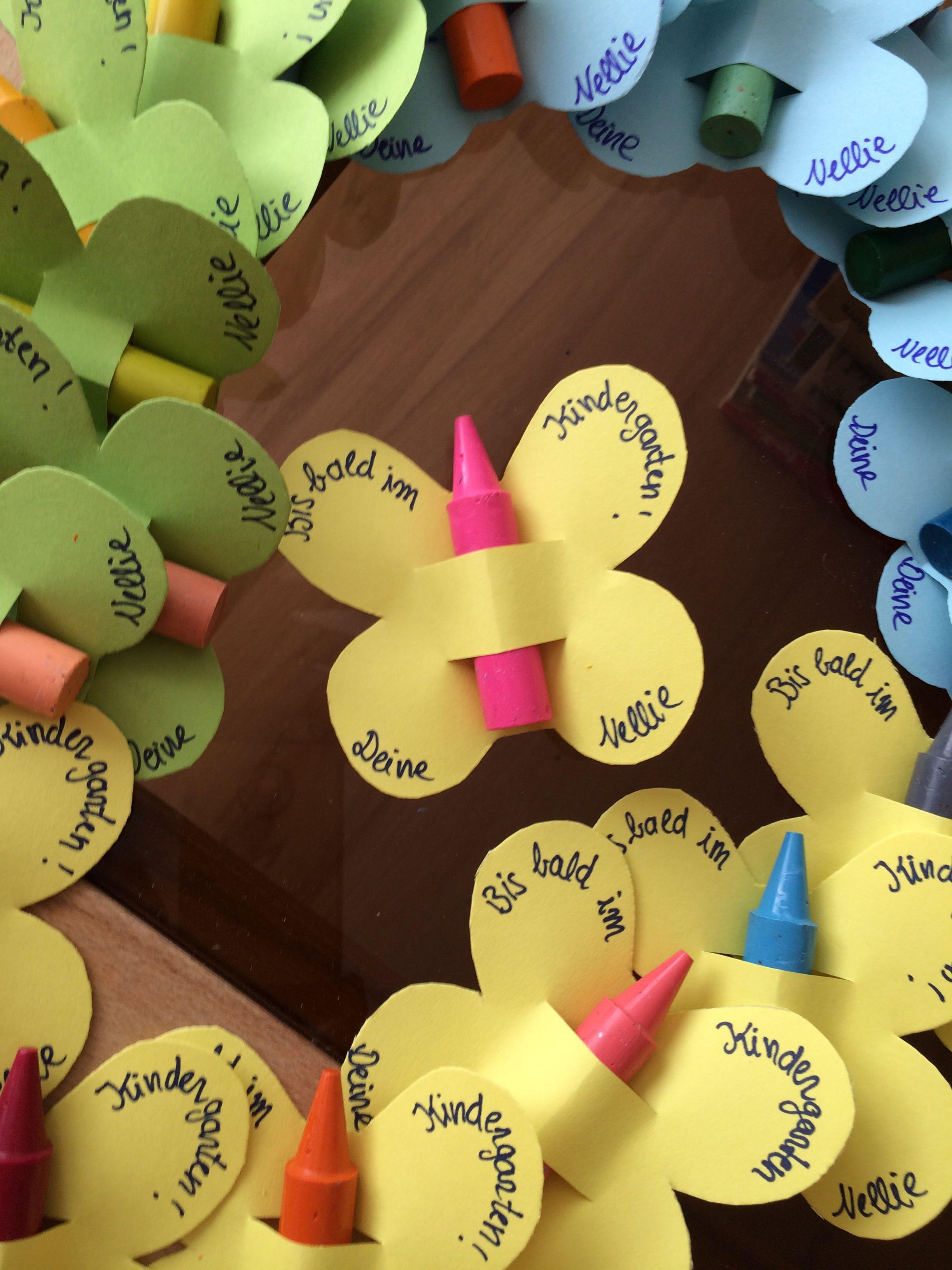 Geschenke Für Vorschulkinder  Butterflies Schmetterlinge mit wachsstiften als Einladung