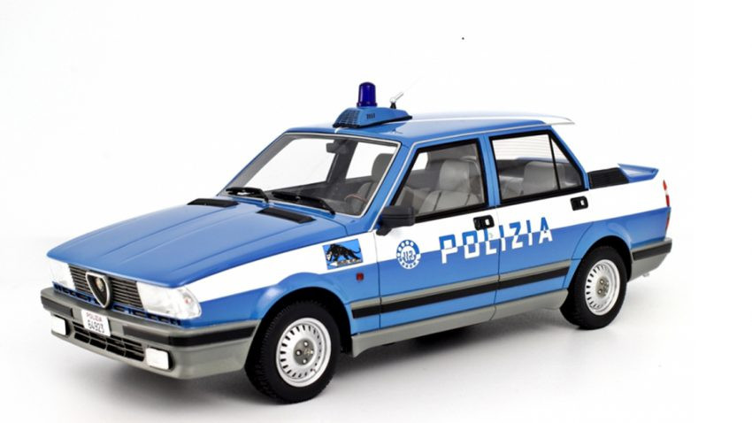 Geschenke Fürs Auto  6 Geschenke für echte Alfisti autorevue