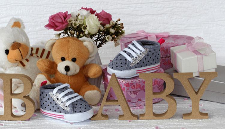 Geschenke-Spiele-Ideen  Babyparty Baby Shower Die besten Ideen für Deko
