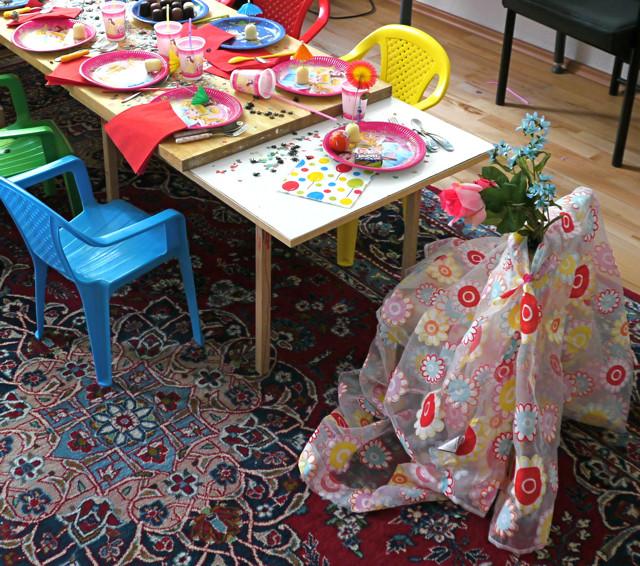 Geschenke-Spiele-Ideen  Kindergeburtstag & Kinderfest Tipps Spiele Ideen