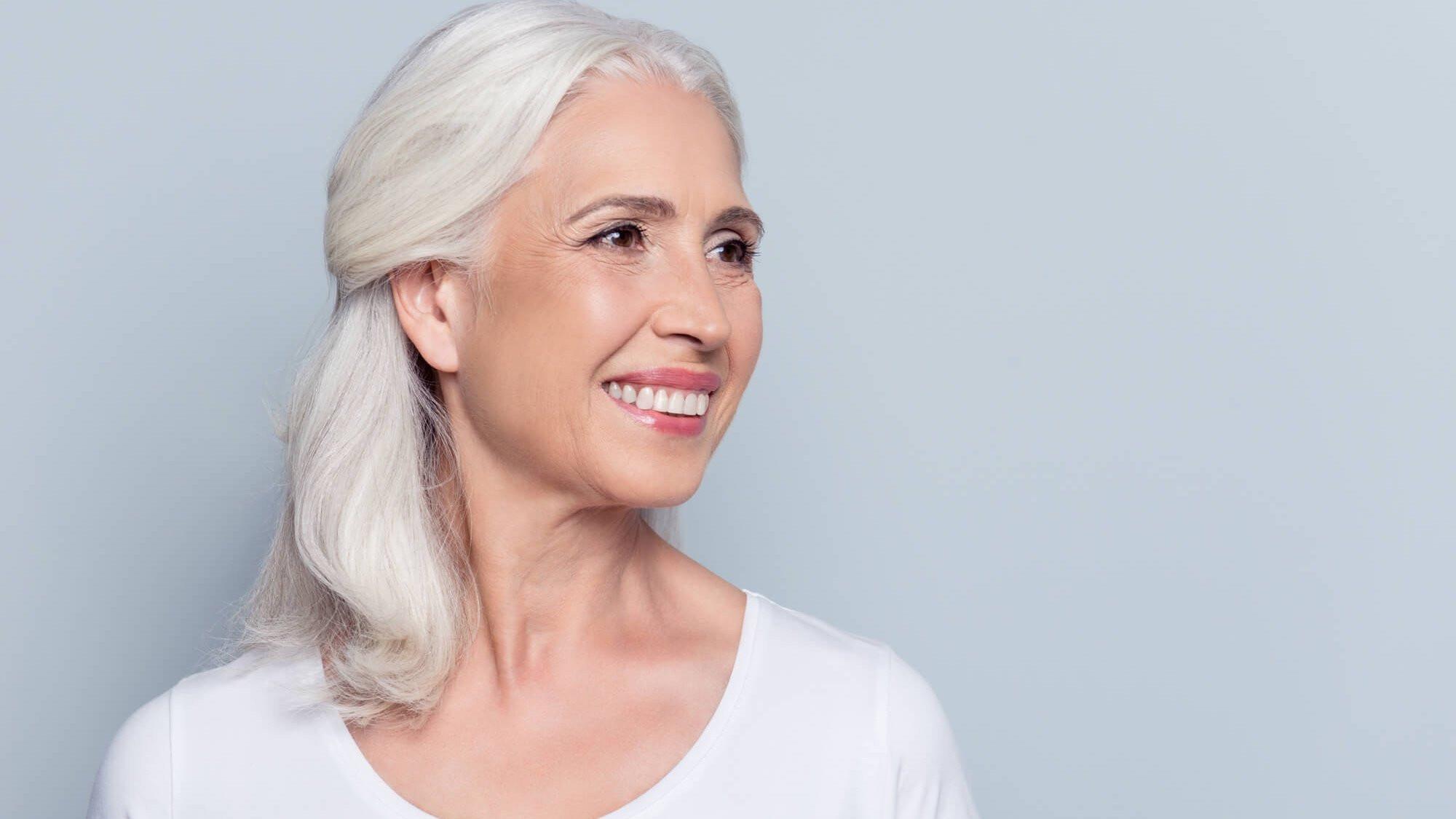 Graue Haare Frisuren Vorschläge  Graue Haare Frisuren und Trends bei grauen Haaren
