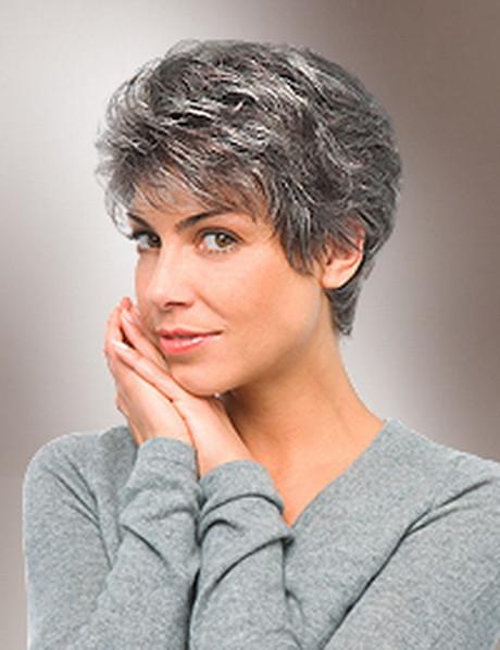 Graue Haare Frisuren Vorschläge  Graue haare frisuren