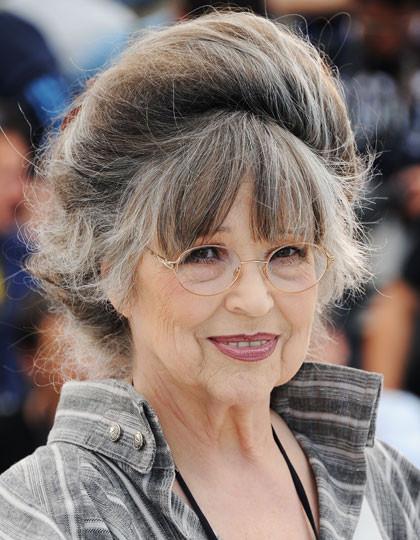Graue Haare Frisuren Vorschläge  Nosite sijedu kosu sa stilom