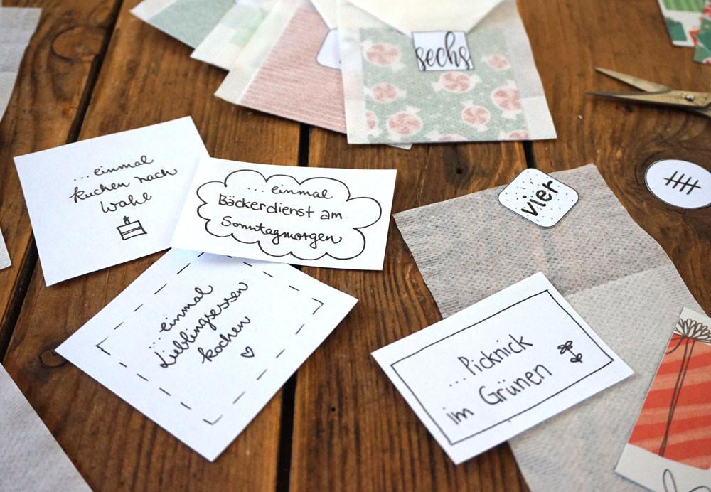 Gutschein Diy  DIY Gutschein Adventskalender kostenloses Printable