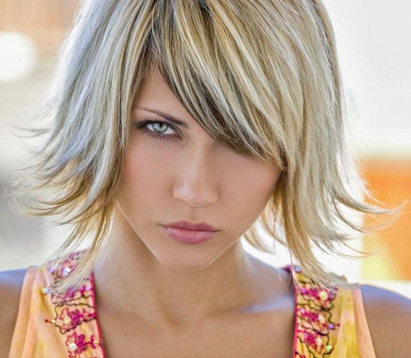 Haarschnitt 2019  Frisuren für mittellange Haare Trend Stufenschnitt für