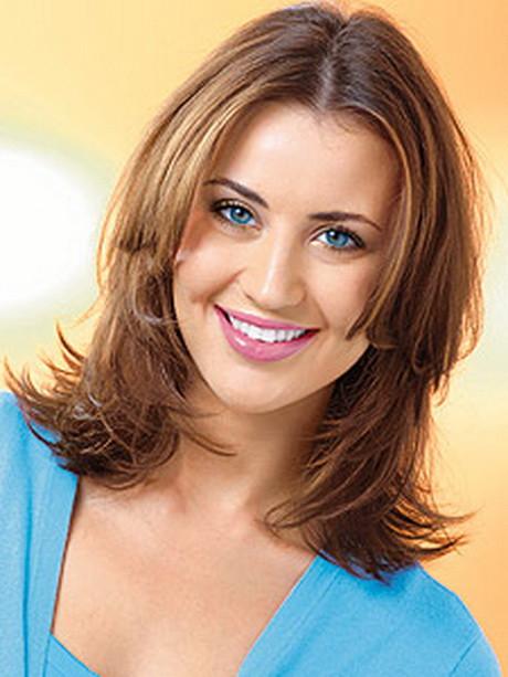 Haarschnitt Schulterlang Stufig  Haarschnitte stufig