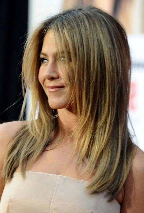Haarschnitt Schulterlang Stufig  Stufen haarschnitt schulterlang