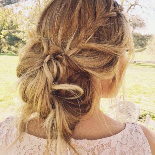 Halboffene Frisuren Festlich  Brautfrisuren auf Instagram Mit Zu sen Frisuren sag