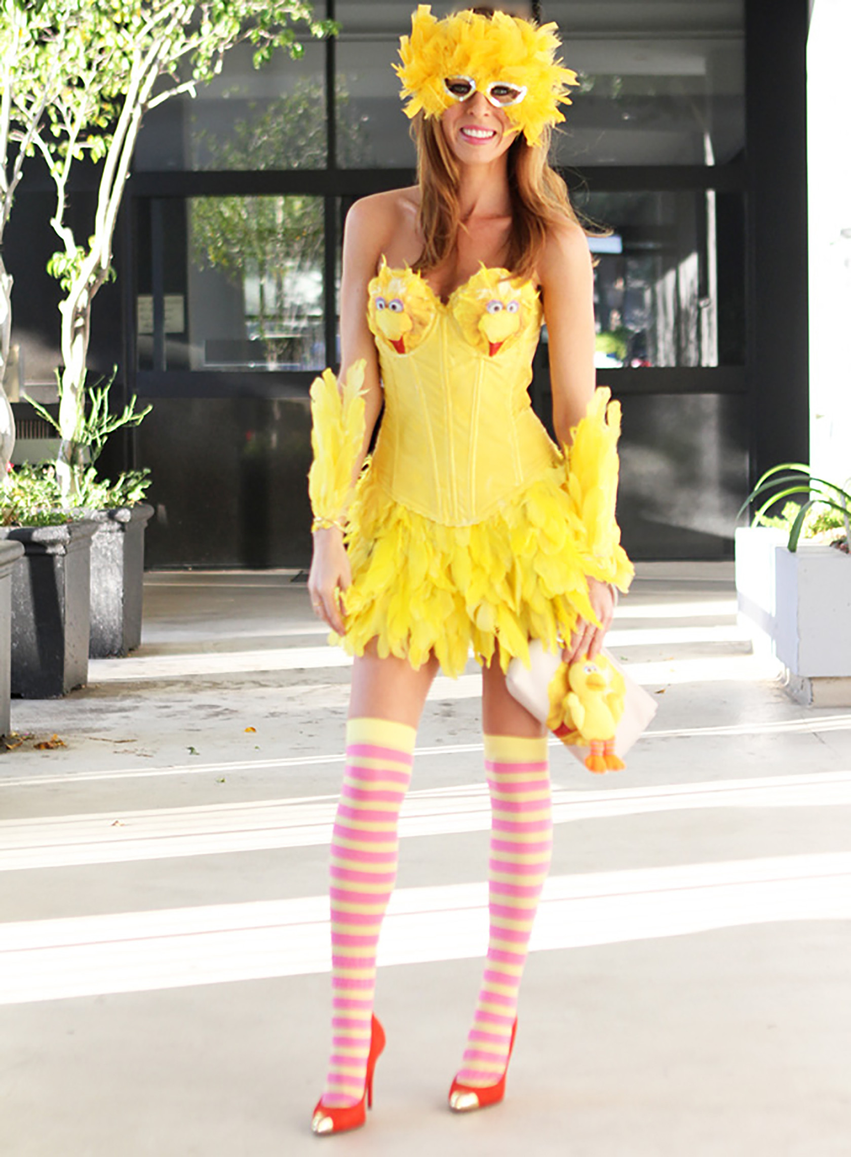 Halloween Diy Kostüm  Six DIY Feather Costumes to Fly Into Halloween