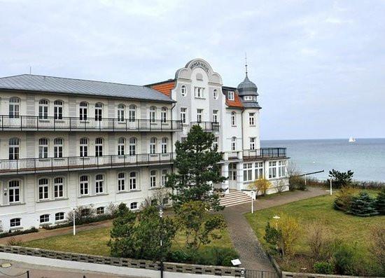 Hansa Haus  Hotel Hansa Haus direkt an der Ostsee Picture of Hotel