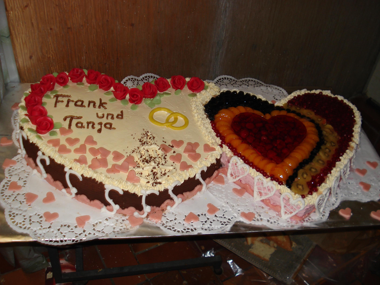 Herztorte Hochzeit  Herztorte zur Hochzeit Motivtorten Fotos Forum