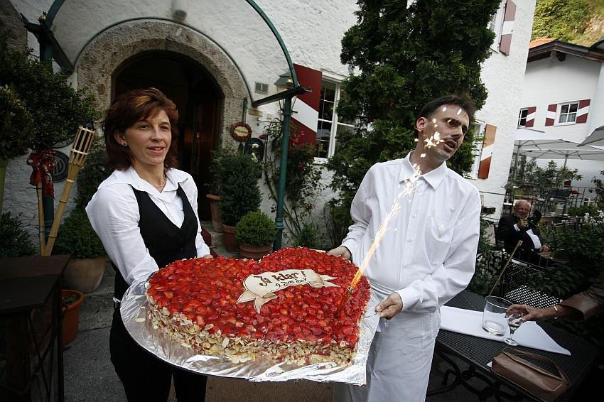 Herztorte Hochzeit  Feste 1 2 Herztorte Hochzeit im Schlosshotel Iglhauser