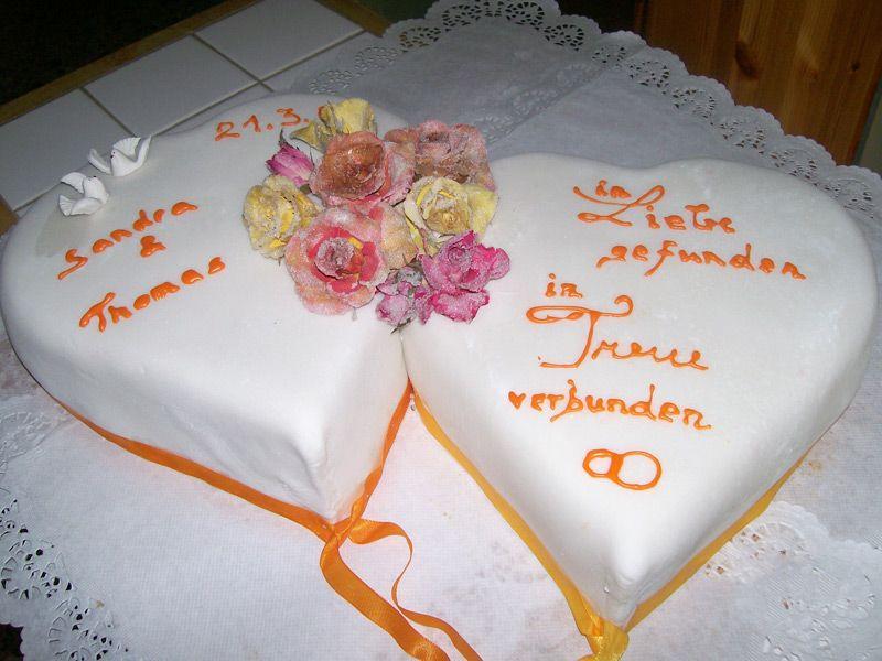 Herztorte Hochzeit  Herztorte Hochzeit