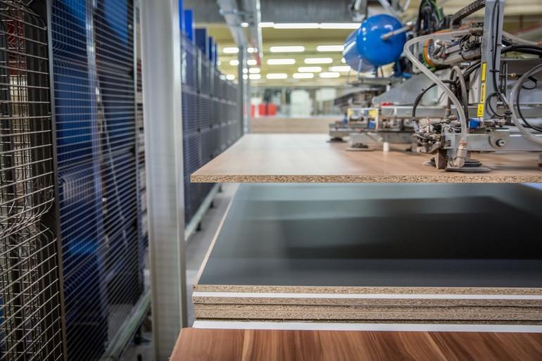 Holz-Handwerk 2019  deinschrank B2B Angebote auf der Holz Handwerk Möbel