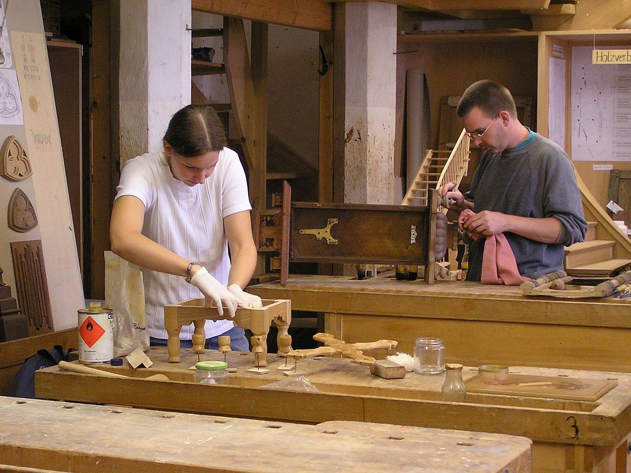 Holz Handwerk Nürnberg 2019  Datei Restauratoren im Handwerk Holz –