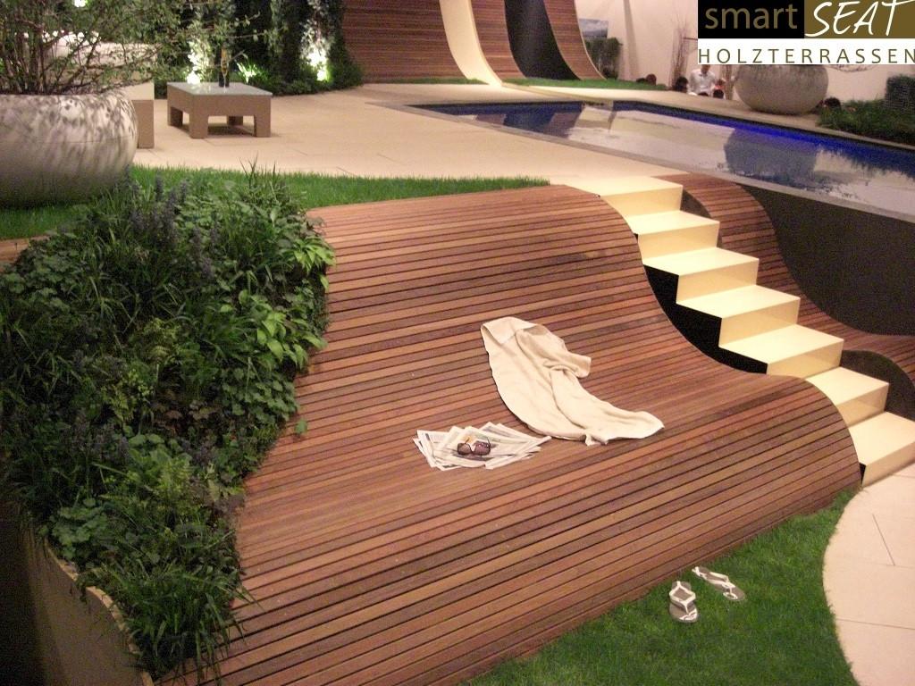 Holz Terrasse  Holzterrasse Sonderanfertigung Messe Holzterrassen Bilder