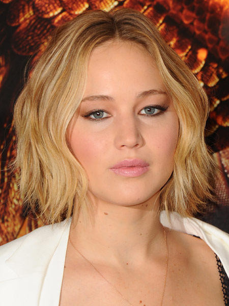 Jennifer Lawrence Frisuren  Jennifer Lawrence zeigt besten Ideen für Bob Frisuren