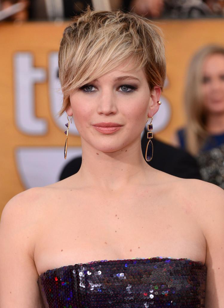 Jennifer Lawrence Frisuren  Frisuren für rundes Gesicht Tipps und Inspirationen von