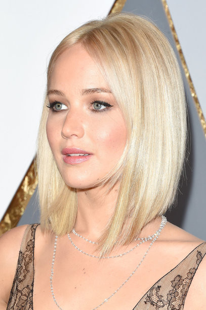 Jennifer Lawrence Frisuren  Oscar Frisuren 2016 und Beauty Trends VOGUE