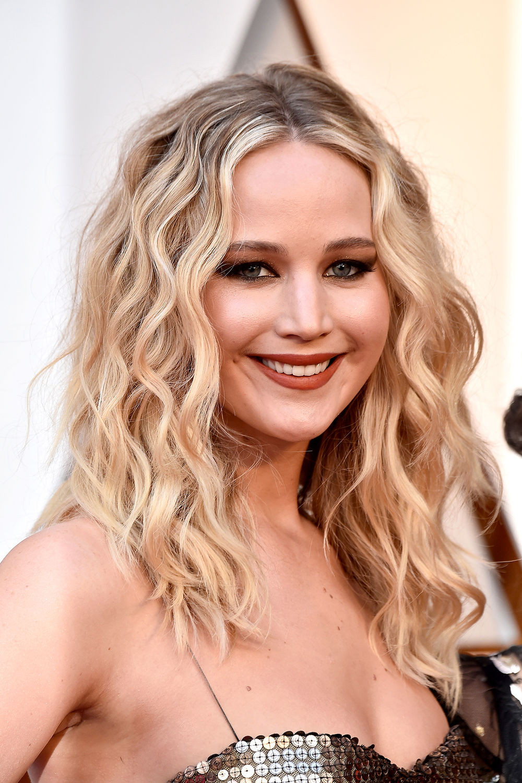 Jennifer Lawrence Frisuren  Oscar Frisuren 2018 Die schönsten Haarstylings GLAMOUR