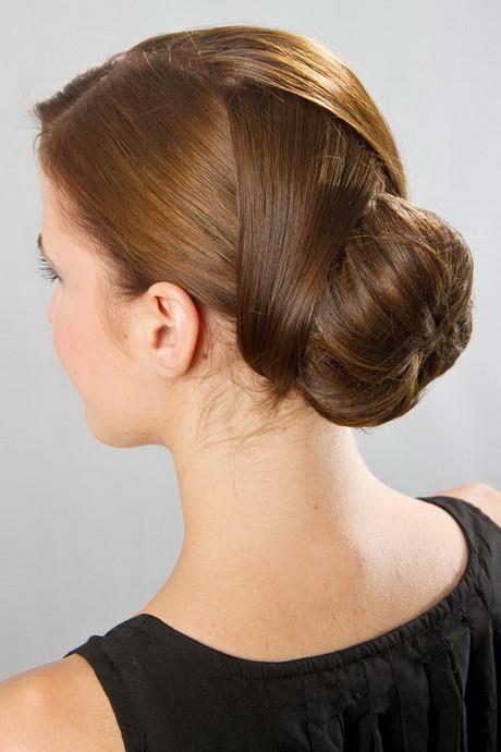 Jugendweihe Frisuren Mädchen  Hochsteckfrisuren leicht gemacht