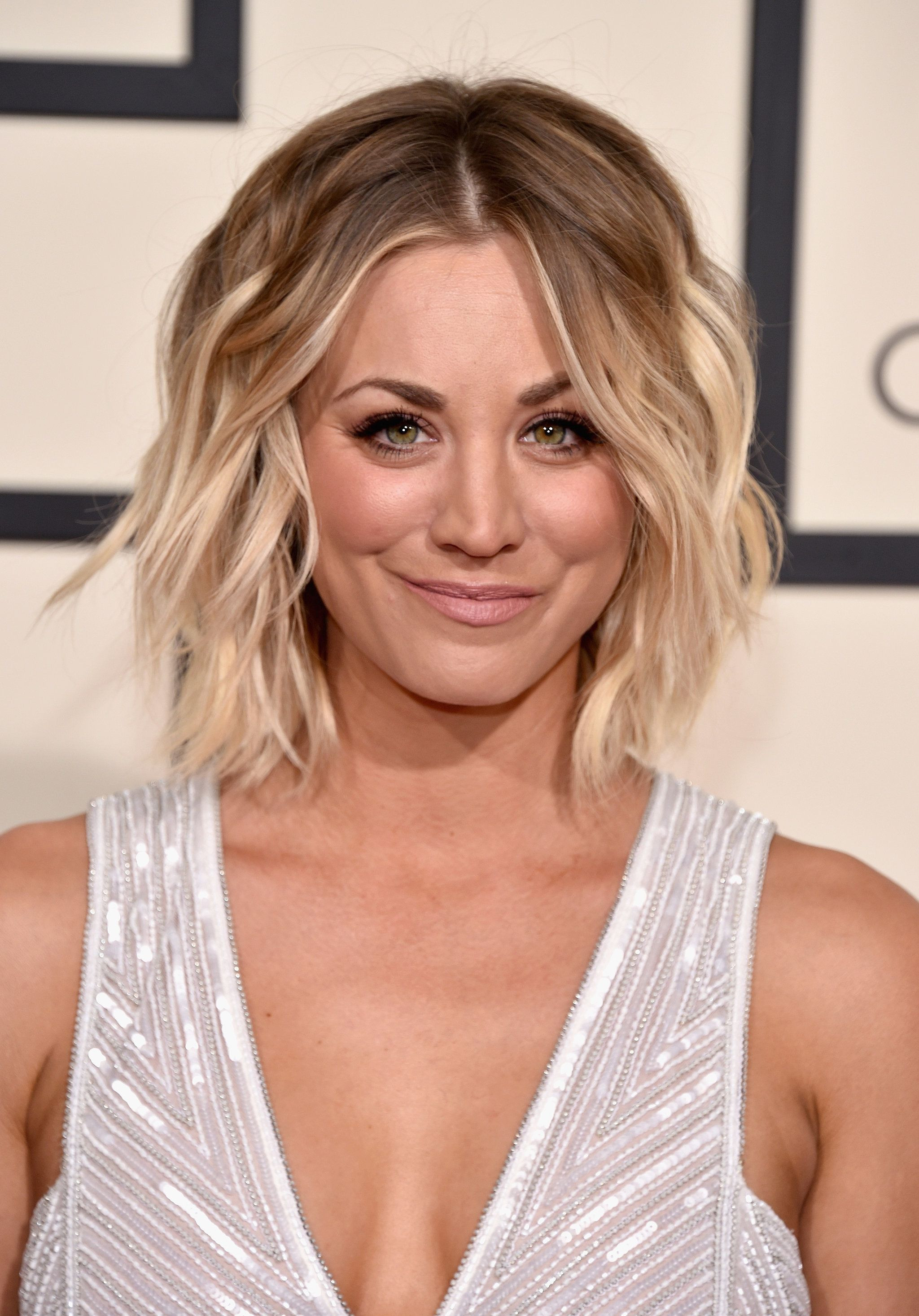 Kaley Cuoco Frisuren  Kaley Cuoco Haare Pinterest