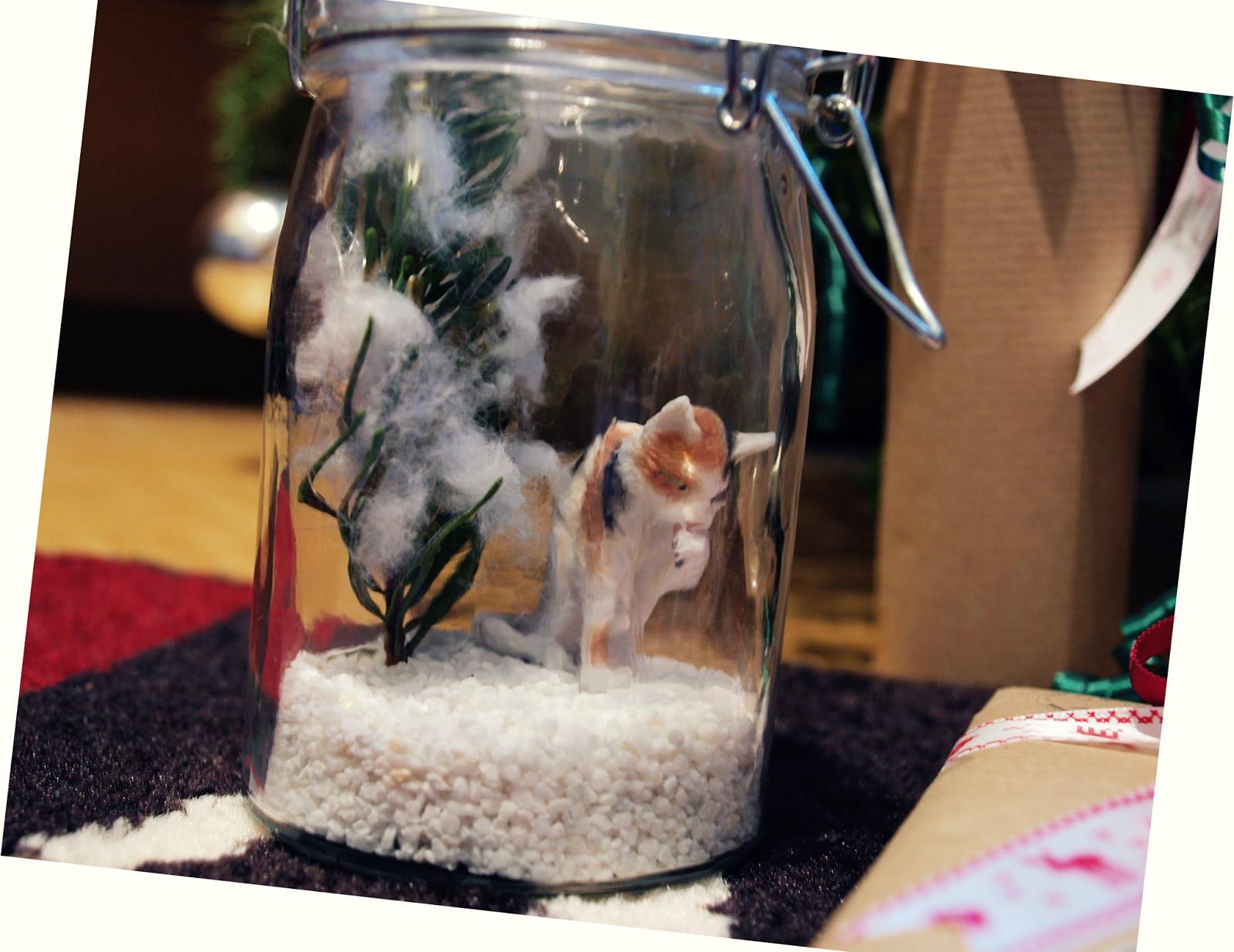 Katzen Geschenke  Kleidermotte Katzen im Glas und Geschenke verpacken