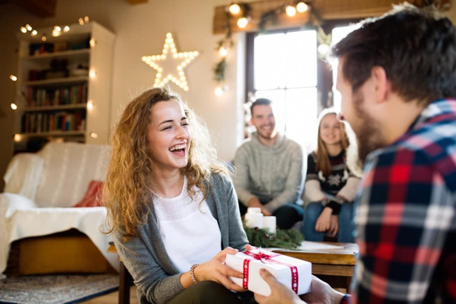 Kleine Geschenke Für Freunde  Kleine Geschenke für Freunde Frohe Weihnacht