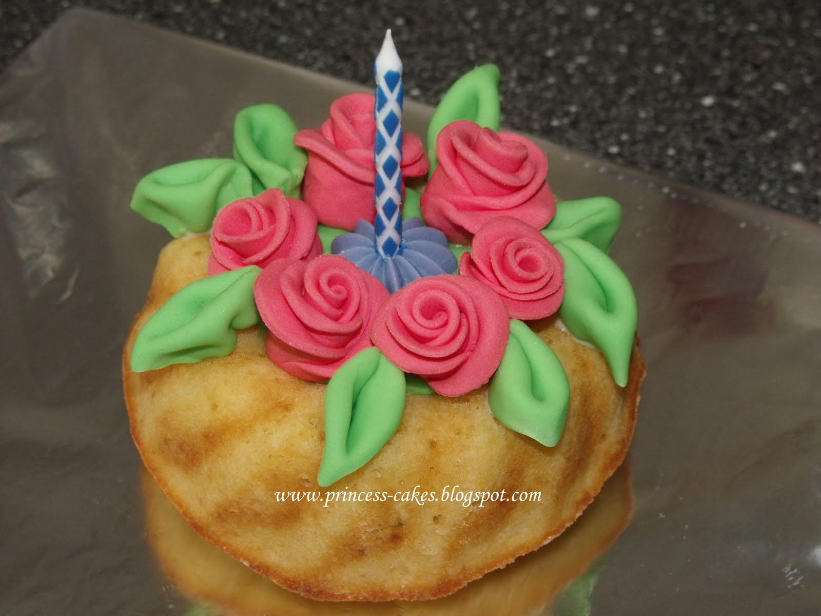 Kleiner Geburtstagskuchen  zuckersüße Tortenträume und mehr kleiner Geburtstagskuchen